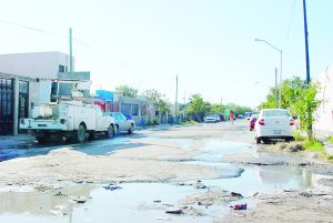 Prevalecen calles en pésimo estado