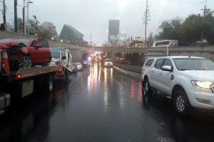 Chocan en Monterrey 14 autos