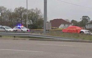 Hombre dispara a auto y mata a niña en Walmart de Houston, Texas