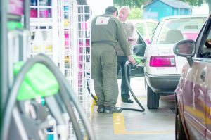 Bajaría gasolina  a 12.69 el litro