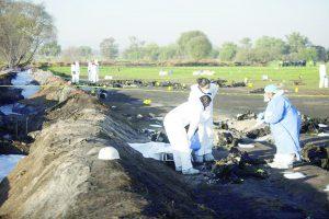 Un campo regado de cuerpos quemados