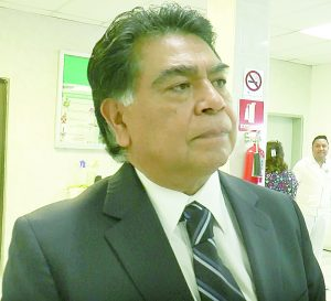 Remueven de su cargo a director del Hospital General Solidaridad