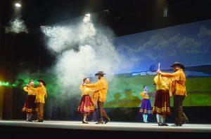 Exaltan el folklor de México