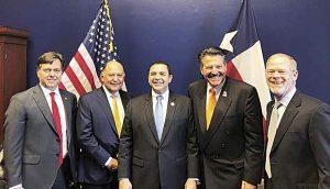 Defiende Pete Sáenz importancia de Laredo