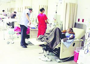 Hemodiálisis un  lujo para pacientes