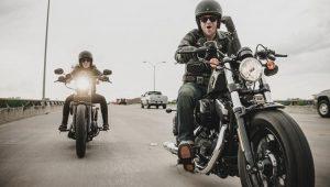 Según un estudio, andar en moto es bueno para la salud mental