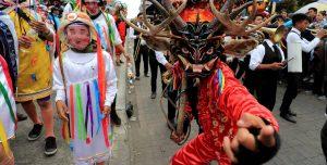 Bailar con el diablo: La tradición andina (Fotos)