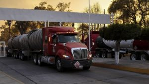 Envían a CDMX 3 mil 500 pipas con gasolina