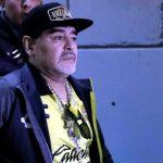Hospitalizan a Maradona