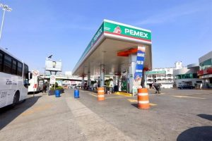 Ven en gasolineras de Toluca  incertidumbre