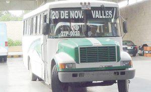Reciben 250 quejas por   servicio en transporte