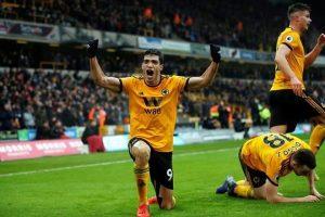 Triunfan Wolves con pase de Raúl