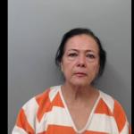 Usurpó identidad por 44 años; la detienen en Laredo