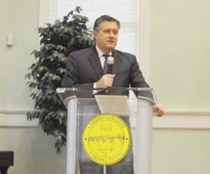 Richard Peña,  en 2 comités