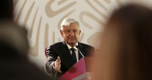 Anuncia AMLO plan  para impulsar banca
