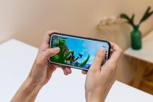Un Iphone barato podría ser la solución a la crisis de Apple