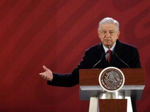 López Obrador anuncia plan de desarrollo antihuachicol
