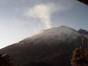 El Popocatépetl registra 112 exhalaciones en 24 horas
