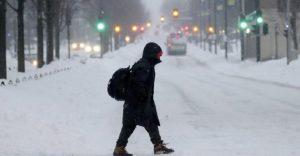 Suman 21 muertos por frío en EU