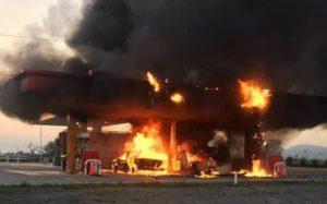 Se incendia gasolinera en Ocotlán, Jalisco