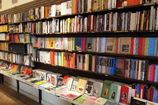 104 novelas mexicanas aspiran al Premio Alfaguara
