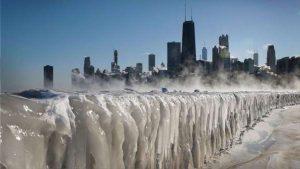 Más frío que en la Antártida: helada brutal congela EU