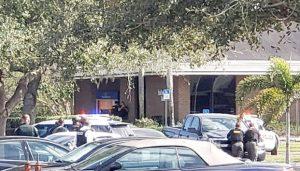 Tiroteo en banco de Florida deja 5 muertos