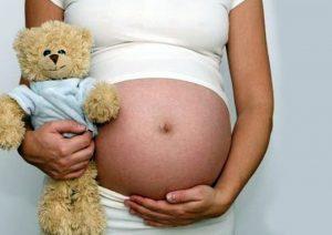 Obligan a dar a luz por cesárea a niña de 11 años abusada