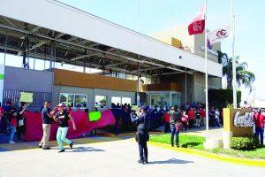 Estalla huelga en Coca-Cola de Matamoros