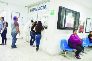 Hospitalizan decena de abuelitos por neumonía