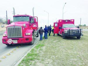 Choca camión;  una lesionada