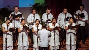 video-coro-yucateco-canta-el-himno-nacional-mexicano-en-maya
