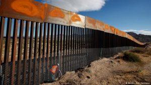 'Insulta Trump a México con idea de muro'