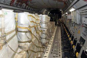 Parten a Venezuela aviones militares con ayuda de EU
