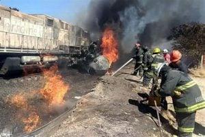 Explota pipa tras chocar con tren en Aguascalientes