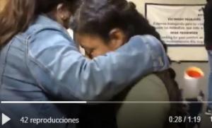 Con sus preguntas, reporteros casi hacen llorar a mamá de Yalitza