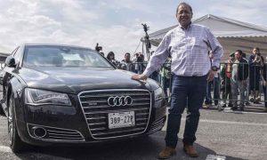 Venden auto de Peña Nieto en subasta de Santa Lucía