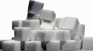 Le venden azúcar en lugar de cocaína; denuncia a la policía