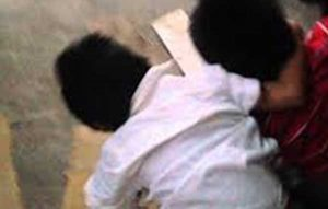 En terapia intensiva niño agredido por sus compañeros de preescolar