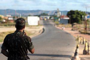 Afirman que milicia venezolana disparó a civiles