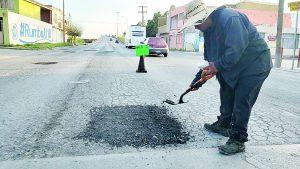 Bachea  calles por  necesidad