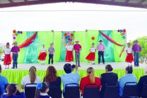 Presenta festival artístico el USAER