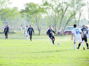 Dan Lobos Negros aullido de gol