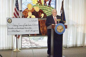 Recibe fondos el  Centro de Salud