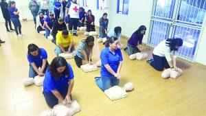 Aprenden maestros primeros auxilios