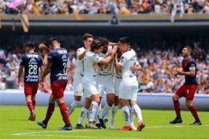 Saca Pumas garra ante Chivas