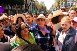 Marcha Sánchez Cordero con campesinas