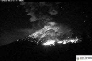 Emite Popocatépetl otra explosión