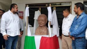 Inauguran busto de