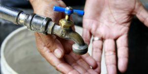 Comapa cobra doble; por error corta agua